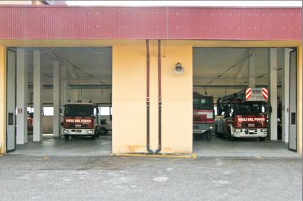 Mamoiada: in fiamme un magazzino
