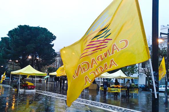 Il mercato di Campagna amica (foto S. Novellu - Cronache Nuoresi))