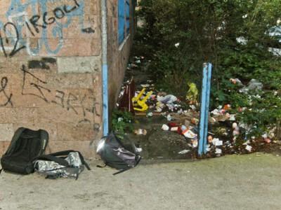 Discarica di fianco all'ARST (foto Cronache Nuoresi)
