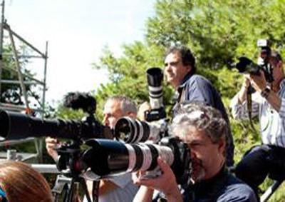 Fotoreporter in azione (foto S. Novellu - Cronache Nuoresi)