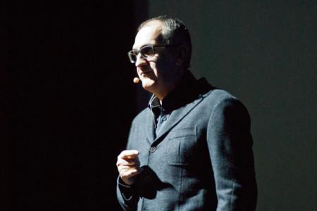 """Francesco Abate, """"Di chi è la colpa"""" (foto S. Novellu - Cronache Nuoresi)"""