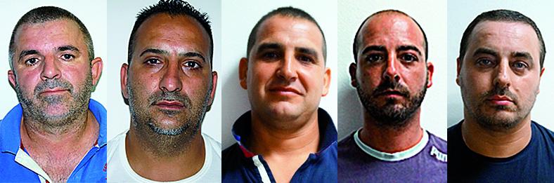 Sorpresi con oltre 50 chili di marijuana e arrestati in un ovile di Loculi