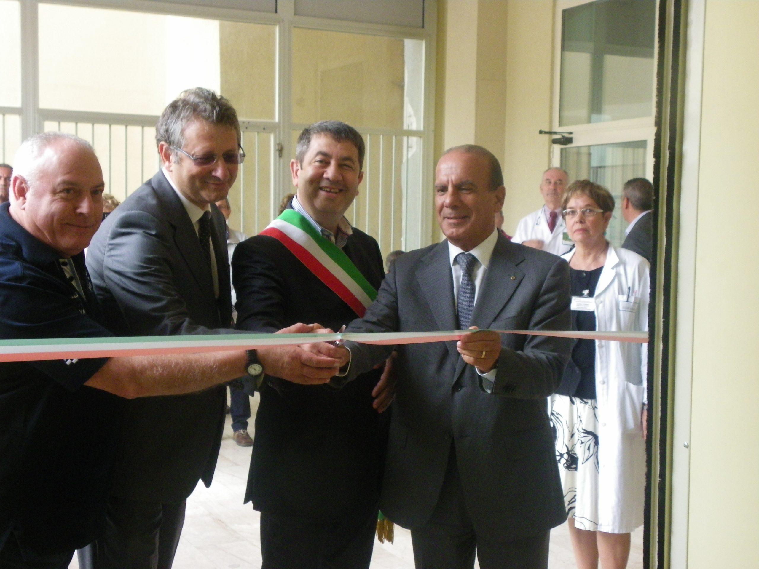Macomer: inaugurato il Centro dialisi