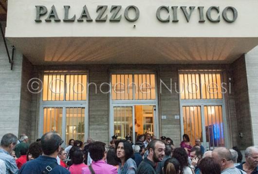 Protesta dei cittadini nuoresi contro la TARI (© foto S.Novellu)