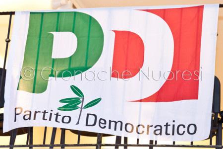 La bandiera del Partito Democratico (foto S. Novellu)