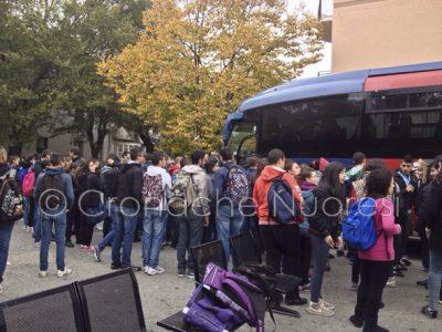 Gli studenti protestano all'ARST (© foto A.Angius)