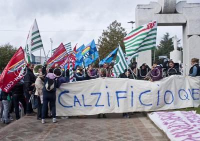 La protesta dei lavoratori Queen (©foto S.Meloni)