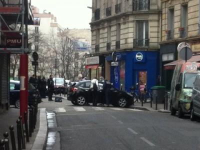 Un'immagine della strage al settimanale satirico Charlie Hebdo