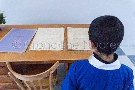 La mostra di cimeli scolastici all'Istituto Podda (© foto S.Novellu)