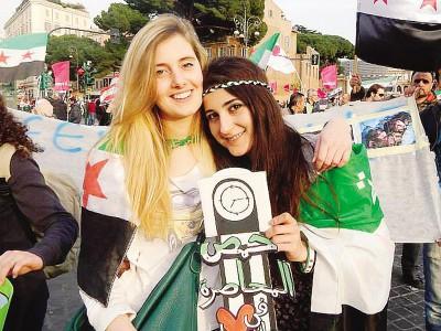 Greta Ramelli e Vanessa Marzullo, le due volontarie italiane rapite in Siria e rilasciate ieri