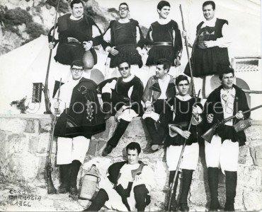 Il Coro di Nuoro in una foto del 1966 - Giuseppe Tanchis primo da destra in secondo piano