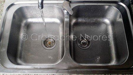 della rete sgorga dal rubinetto (© foto Cronache