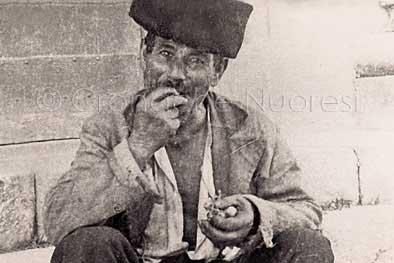 Raffaele Arzesi, meglio noto come Roffaele Bumbuddu, o con l'appellativo di