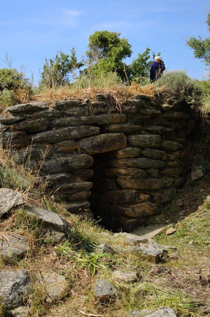 Il pozzo sacro ripulito sulla collina di Bellicai