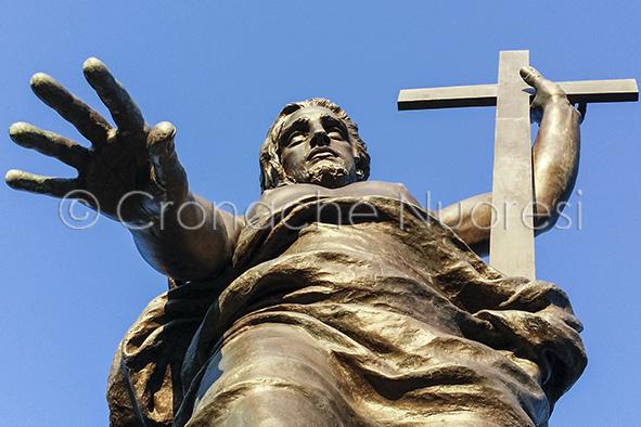 La statua del Redentore opera di Vincenzo Jerace (© foto S.Novellu)