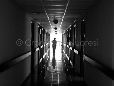 Nuoro, uno dei corridoi della struttura do accoglienza (© foto S.Novellu)