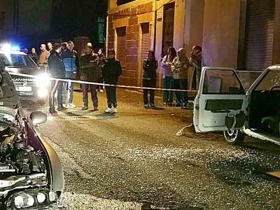 Gli effetti dell'esplosione in via Dante a Tonara