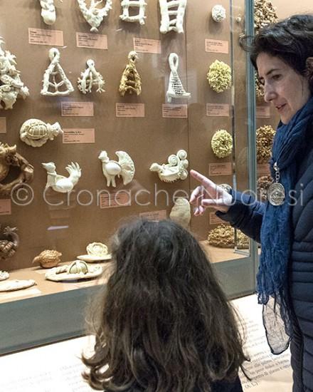 Alcuni visitatori all'inaugurazione del Museo del Costume (foto S.Novellu)