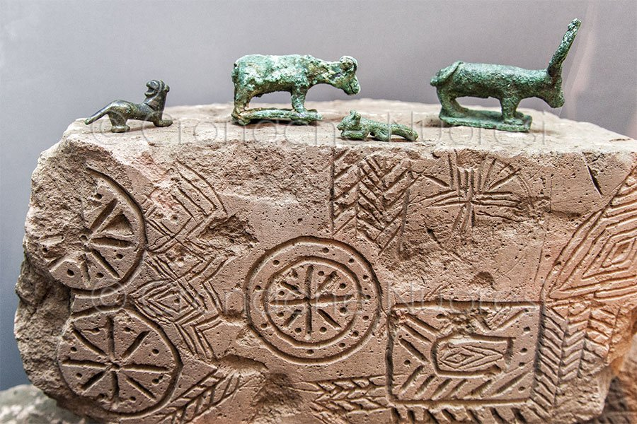 Un Ferragosto fra reperti e oggetti d'arte in Sardegna