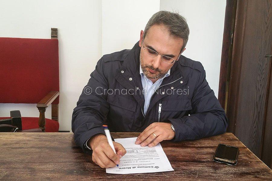 Il segretario cittadino del PD Francesco Manca (foto Cronache Nuoresi)