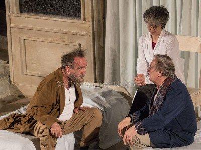 Covatta e Jacchetti in Matti da slegare (© foto S.Novellu)