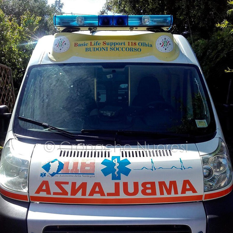 L'ambulanza del 118 di Budoni