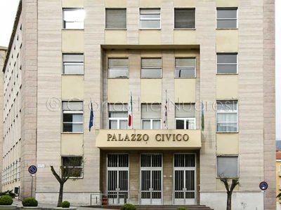 Nuoro, Il Palazzo Civico (© foto S. Novellu)