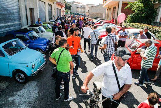 Sarule, un'immagine della passata edizione del Raduno regionale di auto e moto storiche (foto S.Novellu)