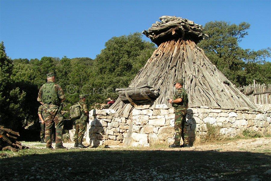 I Carabinieri sul luogo del ritrovamento dell'escursionista
