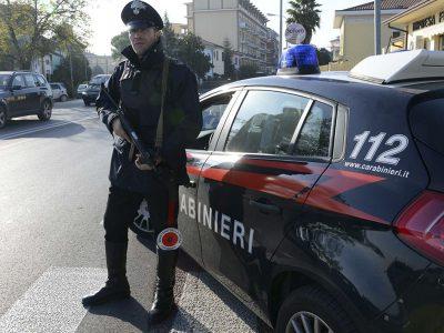 Carabinieri in un immagine simbolo