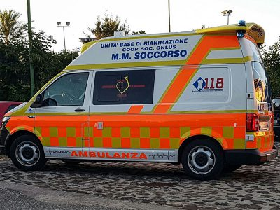 Un'ambulanza del 118 di Orosei