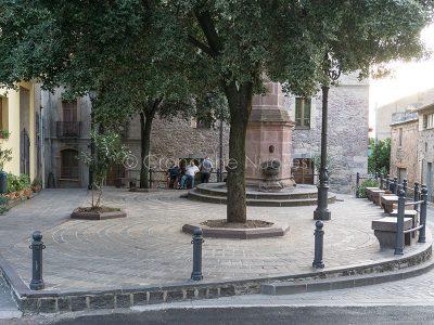 Scano Montiferro, piazza Ragina Elena (© foto S.Novellu)