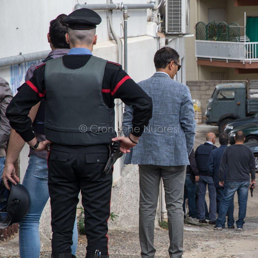 Nuoro, un uomo minaccia di farsi esplodere dopo una lite (foto S.Novellu)