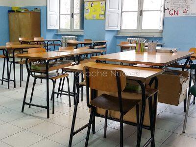 Un'aula della Scuola Primaria Ferdinando Podda (foto Cronache Nuuoresi)