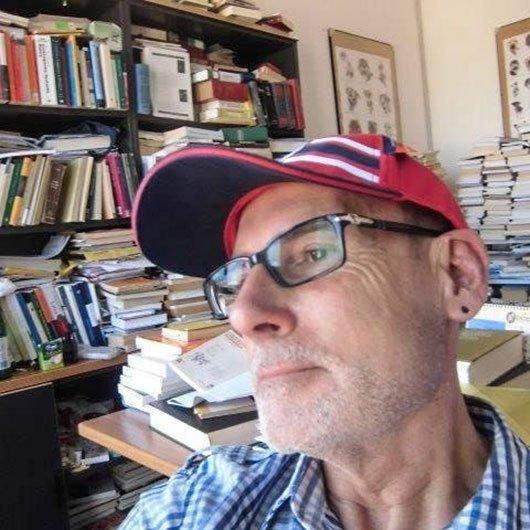 Il linguista Eduardo Blasco Ferrer