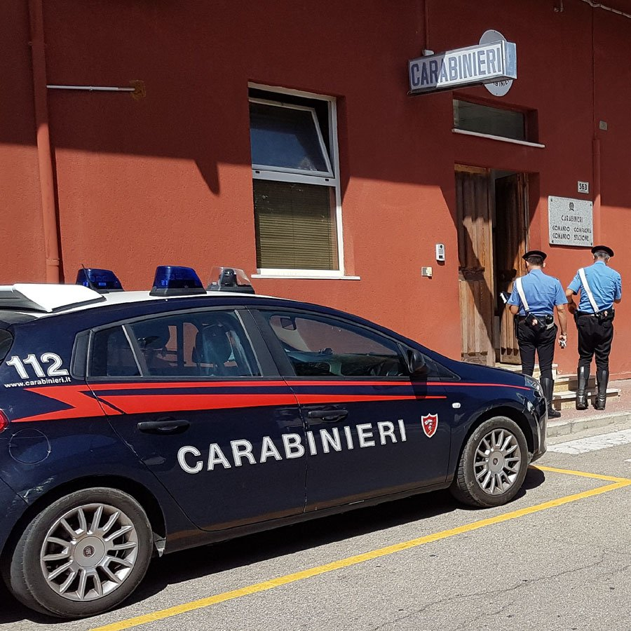Carabinieri nella Caserma di Tertenia
