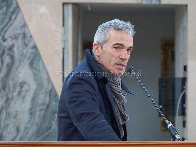 L'intervento di Gianpietro Gusai nel carcere di Badu 'e Carros (foto S.Novellu)