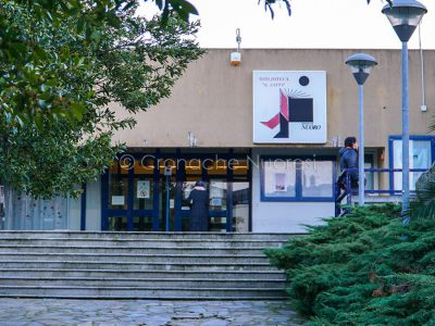 L'ingresso ala Biblioteca Satta (foto S.Novellu)