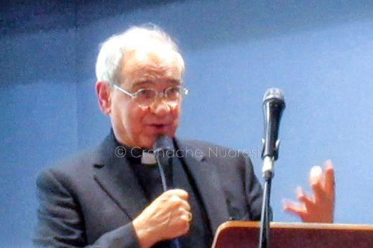 Il vescovo di Nuoro mons. Mosè Marcia