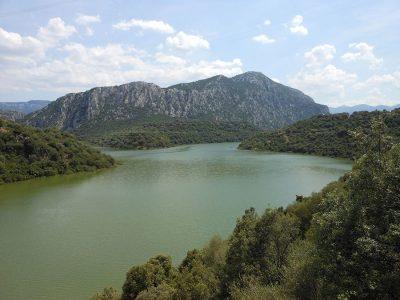 Dorgali il lago artificiale del Cedrino (Perda 'e Othoni)