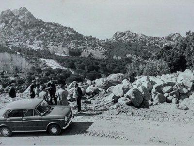 L'apertura della strada di Sedda Ortai in una foto d'epoca