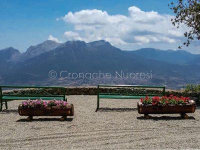 I nuovi arredi al belvedere al Monte Ortobene