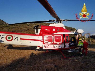 L'elicottero giunto in soccorso del motociclista