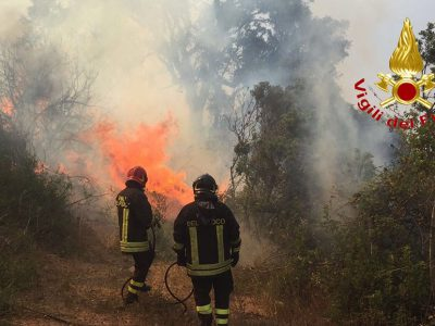 L'incendio a Villagrande Strisaili