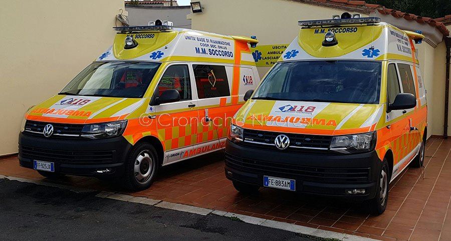 Due ambulanze del 118 di Orosei