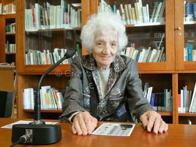 La regista e fotografa Cecilia Mangini (© foto Cronache Nuoresi)