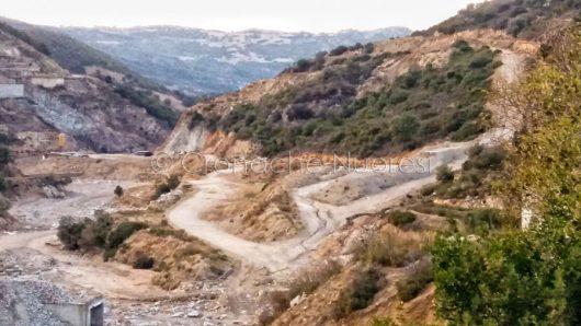 Orgosolo, lavori alla diga di Cumbidanovu (© Cronache Nuoresi)