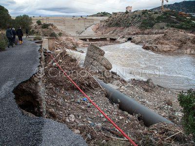 La diga di Maccheronis dopo l'alluvione Cleopatra (© foto S.Novellu)