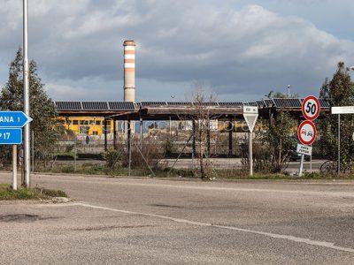 Stabilimenti nella zona industriale di Ottana (© foto S.Novellu)