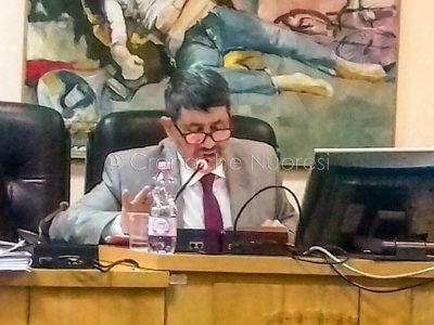 Il sindaco Antonio Succu ieri in aula (©Cronache Nuoresi)